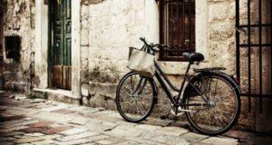 Кому удалось проехать на велосипеде 80000 километров за три года?