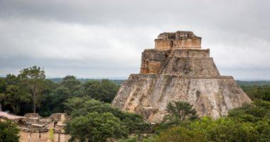 Как Юрий Кнорозов расшифровал письменность индейцев майя?