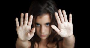 Сексуальное рабство: как вести себя во время принуждения и как освободиться?