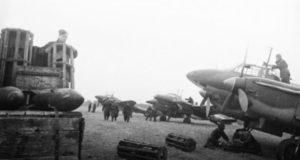 Страницы военной истории. Чем прославились советские бомбардировщики Пе-2 ?