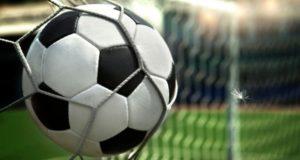 Как в футболе появился… светофор?