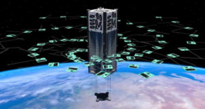 Микроспутник разбросал по орбите 104 «крекера»