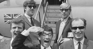 Хиты 1960-х. Кто написал первый сёрф-хит №1 и что такое «танец Фредди»?