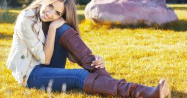 С чем носить коричневые сапоги?