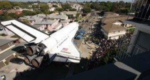Ехал шаттл по улице! «Индевор», Лос-Анжелес, 2012 год