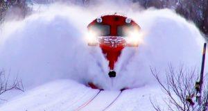 Как убрать снег с железнодорожного пути