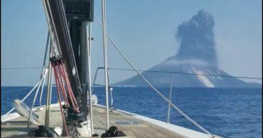 Момент извержения вулкана Стромболи попал на видео